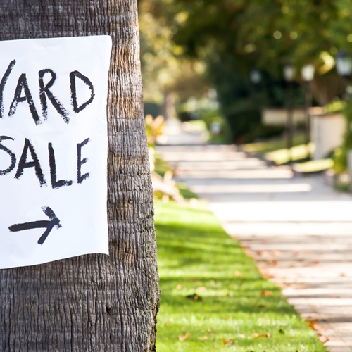 To ensure your yard sale is a hit, follow these simple tips.